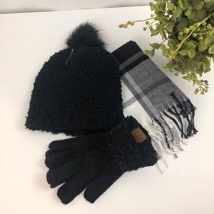*Gift Set Black White Plaid Scarf Pom Hat & Gloves